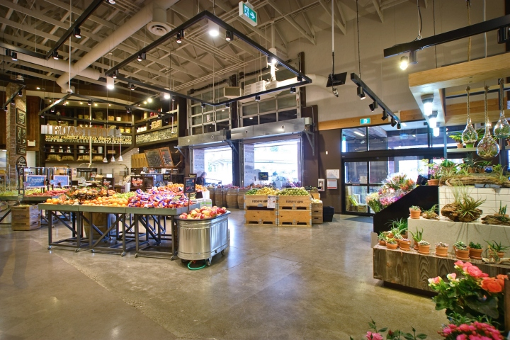 Fresh-St-Farms-store-by-King-Retail-Solutions-Surrey-Canada-02